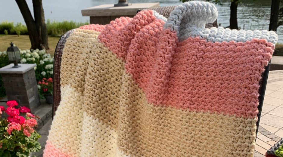 "Pattern - ""Baby Bobbles Blanket"""